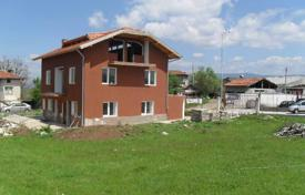 Cheap houses for sale in Plovdiv. Detached house – Sadovo, Plovdiv, Bulgaria