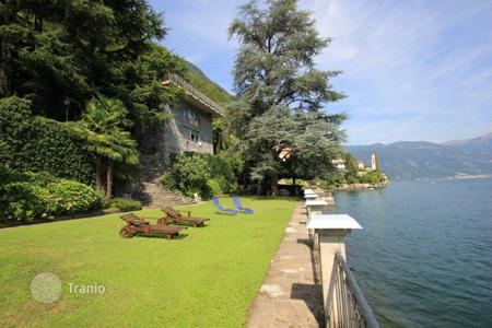Luxury 3 bedroom houses for sale in Italian Lakes. Villa - Lake Como, Lombardy, Italy