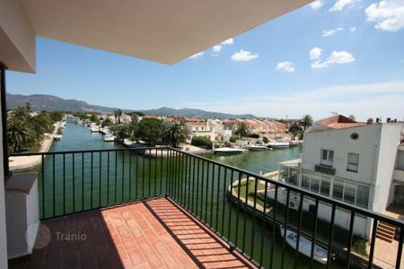 Cheap 1 bedroom apartments for sale in Empuriabrava. Apartment – Empuriabrava, Catalonia, Spain