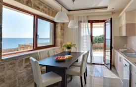 3 bedroom villas and houses by the sea to rent in Administration of the Peloponnese, Western Greece and the Ionian Islands. Villa – Zakinthos, Administration of the Peloponnese, Western Greece and the Ionian Islands, Greece