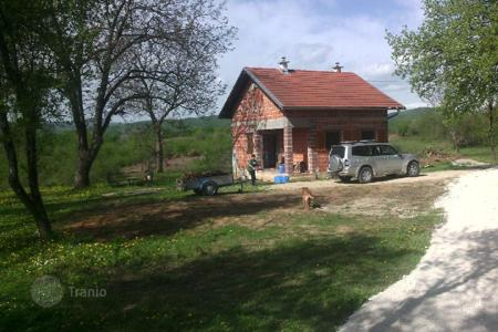 Property for sale in Karlovac. House