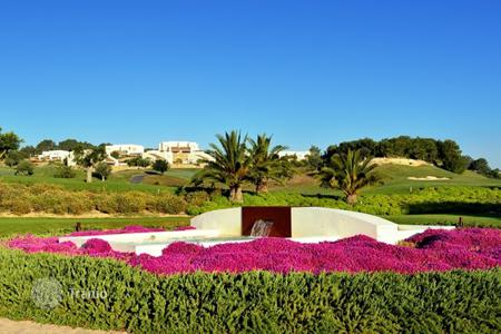 Land for sale in Spain. Plot for villa construction, just in 10 minute drive from the sea, in Alicante, Spain