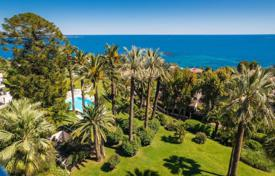 Exceptionnal penthouse — magnificent sea views — Canes Californie. Price on request