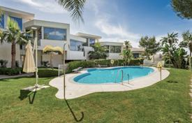 Town House for sale in Meisho Hills, Marbella Golden Mile for 1,695,000 €