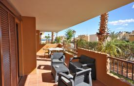 Three-bedroom apartment just 100 meters from the beach in Punta Prima, Alicante, Spain for 249,000 €