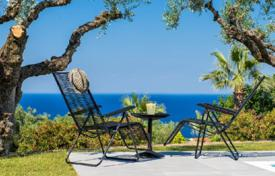 Villas and houses to rent in Zakinthos. This elegant villa with exceptional sea and grasseland views is found in a prime area of Zakynthos island. It is set onl
