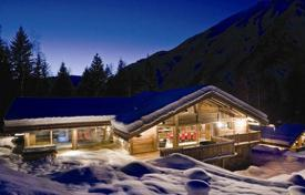 Villas and houses for rent with swimming pools in French Alps. Chalet – Chamonix, Auvergne-Rhône-Alpes, France