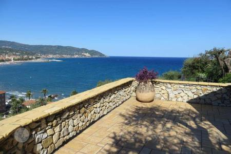 3 bedroom houses for sale in Liguria. Renovated villa in Diano Marina, Italy. House with a panoramic sea view, terraces, balconies and a garage, near the beaches