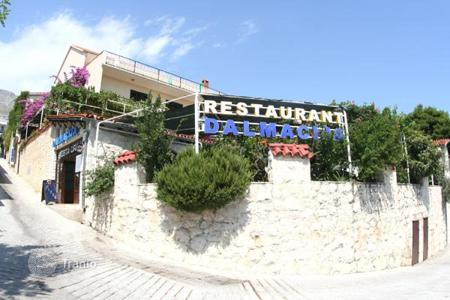Commercial property for sale in Omis. Office - Omis, Split-Dalmatia County, Croatia