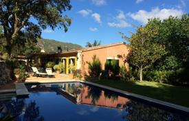 Luxury residential for sale in Majorca (Mallorca). Two-storey villa with a private pool, Esporles, Spain