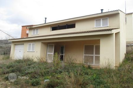 Foreclosed 2 bedroom houses for sale in Spain. Villa - Tarragona, Catalonia, Spain