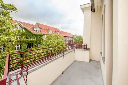 5 bedroom apartments for sale in Berlin. Spacious apartment with an elegant interior in Berlin