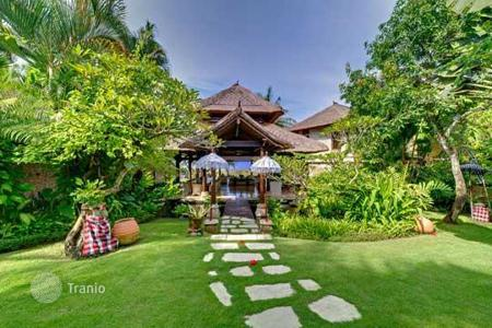 Villas and houses for rent with swimming pools in Mengwi. Villa – Mengwi, Bali, Indonesia