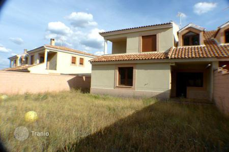 Cheap 4 bedroom houses for sale in Serrania de Cuenca. Villa – Serrania de Cuenca, Castille La Mancha, Spain