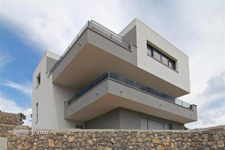 Coastal new homes for sale in Rijeka. First class apartments in a new modern villa in Kostrena
