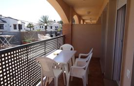 2 bedroom apartments for sale in Costa Dorada. Cozy apartment with a terrace in a residential complex with a swimming pool, on the first line from the sea, Mont-Roig del Camp, Spain