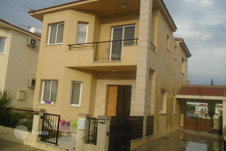 3 bedroom houses by the sea for sale in Livadia. Three Bedroom Link Detached House