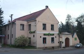 6 bedroom houses for sale in Central Europe. Townhome – Central Bohemia, Czech Republic
