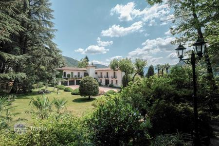 Houses with pools for sale in Central Europe. Villa – Lugano, Ticino, Switzerland