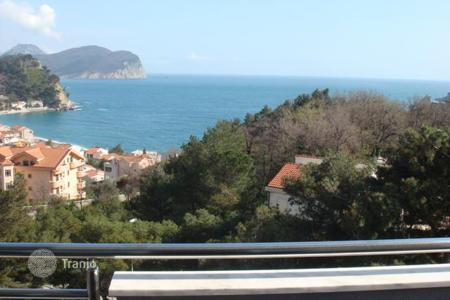 Residential for sale in Petrovac. Two-room apartment in Petrovac, Montenegro