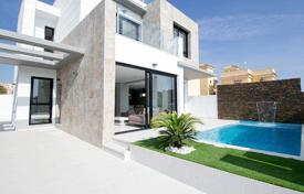 3 bedroom houses by the sea for sale in Cabo Roig. NEW VILLA IN ORIHUELA COSTA