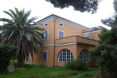 Residential for sale in Giulianova. Villa in Giulianova. Italy