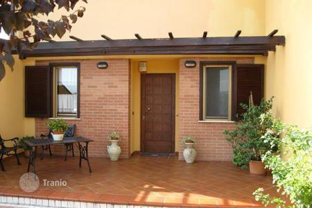 Property for sale in Penne. Apartment with a good neighborhood, Penne, Pescara. Italy