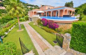 Luxury 4 bedroom houses for sale in Côte d'Azur (French Riviera). Villa – Antibes, Côte d'Azur (French Riviera), France