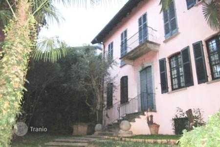 4 bedroom houses for sale in Lombardy. Villa – Gallarate, Lombardy, Italy
