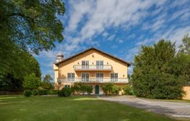 Houses for sale in Germany. Ancient villa with a private garden, a pool and a garage, Starnberg, Germany