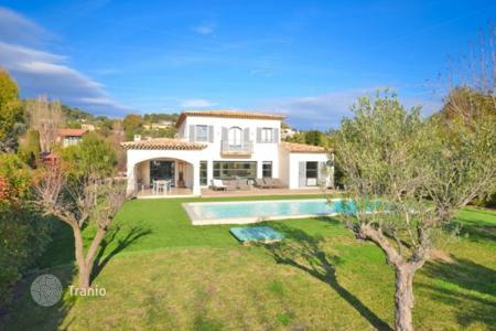 Residential for sale in Mougins. Villa – Mougins, Côte d'Azur (French Riviera), France
