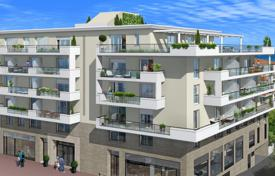 New homes for sale in Cagnes-sur-Mer. Modern apartment with a terrace in a residence with a parking, 200 meters from the beach, Cagnes-sur-Mer, France