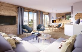 4 bedroom apartments for sale in Auvergne-Rhône-Alpes. Spacious apartment with a balcony and a sauna, in a new residence, next to the ski slope, Arâches-la-Frasse, Alpes, France