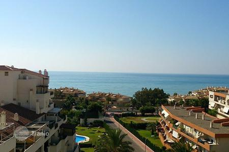 Cheap penthouses for sale in Benalmadena. Penthouse – Benalmadena, Andalusia, Spain