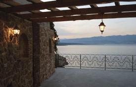 Coastal residential for sale in Primorje-Gorski Kotar County. Exclusive villa on Krk island