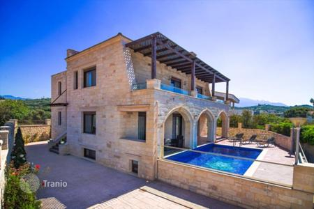 4 bedroom houses by the sea for sale in Crete. Villa – Chania, Crete, Greece