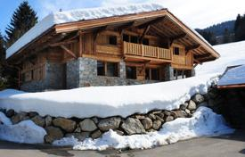 Luxury houses for sale in Haute-Savoie. Relatively new Chalet- Demi Quartier