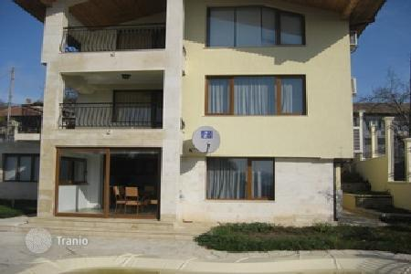 Houses with pools for sale in Bulgaria. Townhome – Balchik, Dobrich Region, Bulgaria