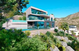 Luxury villa with guest apartment and panoramic sea views in Calpe for 1,800,000 €