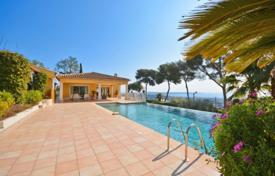 5 bedroom houses for sale in France. Villa – Antibes, Côte d'Azur (French Riviera), France