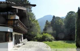 Luxury houses for sale in German Alps. Three-story house with a large plot, Rottach-Egern, Germany
