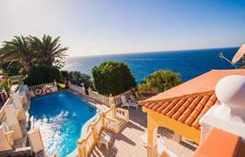 4 bedroom houses for sale in Callao Salvaje. Villa on the first sea line with private pool and garden in Callao Salvaje, Canary Islands, Spain