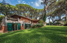 Coastal residential for rent in Tuscany. Villa – Roccamare, Tuscany, Italy
