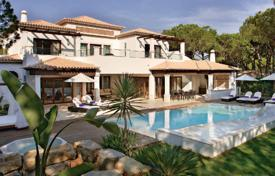Elite villa with a pool with a 5% yield, Algarve, Portugal for 4,500,000 €