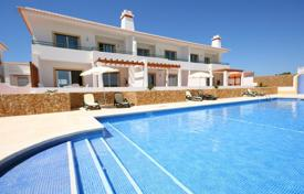 3 bedroom luxury linked villa's with communal pool in Budens, west Algarve for 314,000 $