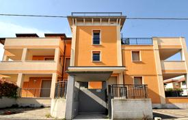 Apartment with terrace in the center of Desenzano for 430,000 €