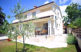 Property for sale in Medulin. Townhome – Medulin, Istria County, Croatia