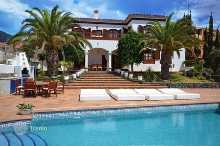 Luxury 6 bedroom houses for sale in Canary Islands. Villa – Costa Adeje, Canary Islands, Spain