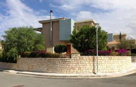 3 bedroom houses for sale in Neo Chorio. 3 Bed Luxurious Beach Front Villa Neo Chorio