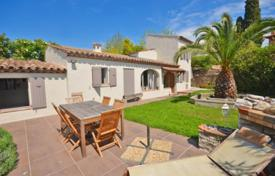 Property for sale in Vence. Villa – Vence, Côte d'Azur (French Riviera), France